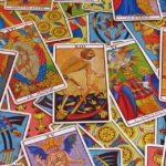 ¿Vale la pena hacer una tirada de Tarot y recibir predicciones de amor?